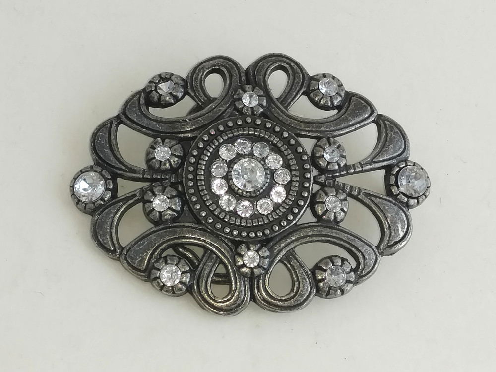 Nickel Jeweled Buckle